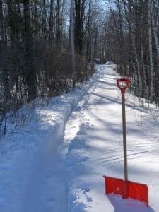 Snow_shovelling